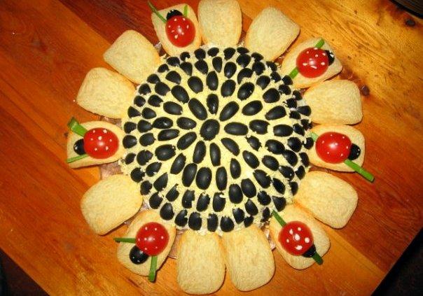 Салат Подсолнух как украсить блюдо