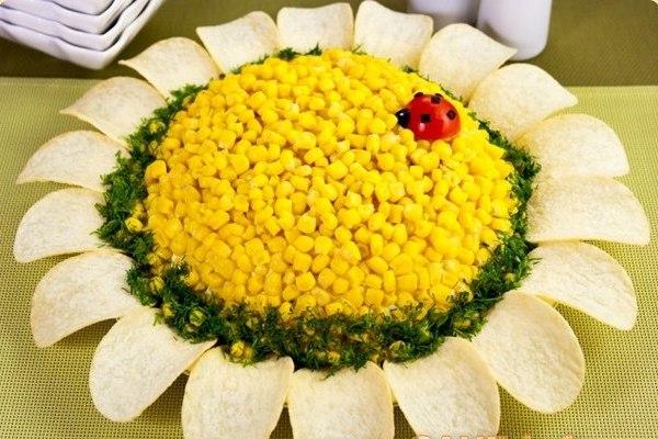 Салат с кукурузой Подсолнух
