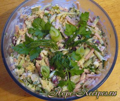 Салат из фасоли и огурцов