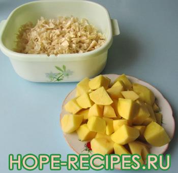 Капуста и картофель для супа
