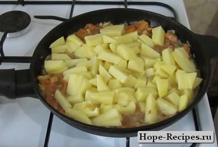 Картофель и лисички