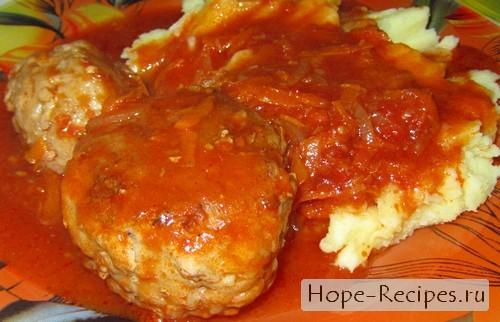 Готовим тефтели в томатном соусе с картофельным пюре на гарнир