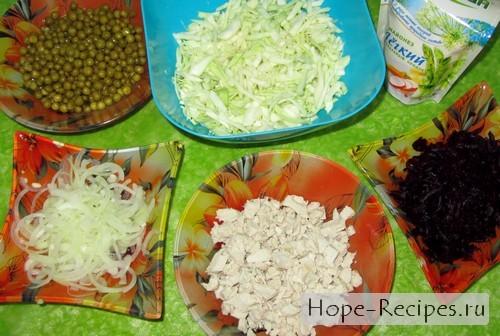 Готовим салат из свежей капусты и варёной свеклы
