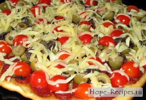 Аппетитная пицца по-итальянски