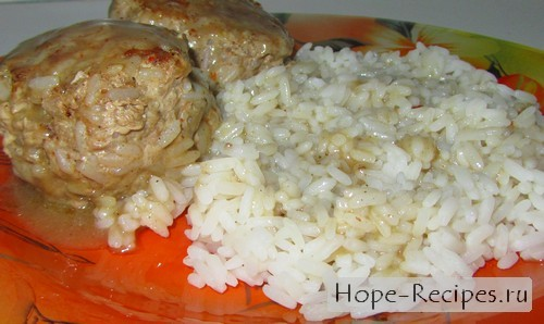 Готовим к ужину тефтельки с рисом