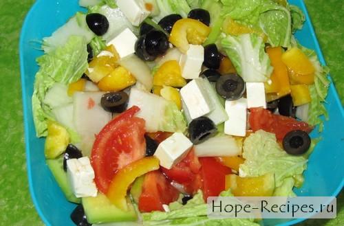 Вкусный и лёгкий греческий салат