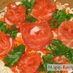 Морские розы - салат с морепродуктами, икрой и рыбой