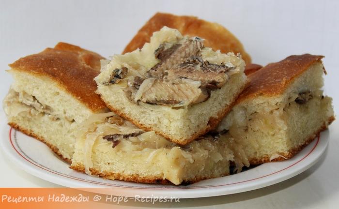 Домашний рыбный пирог с сайрой