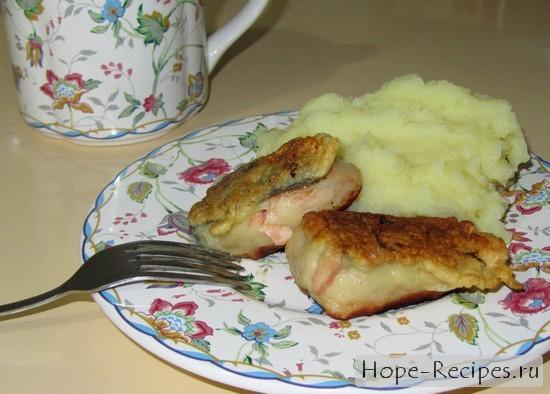 Аппетитная рыбка с картофельным пюре