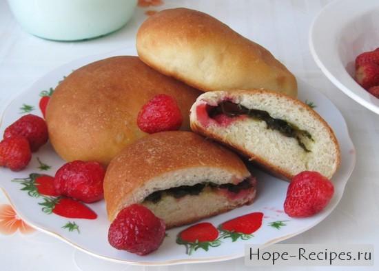 Рецепт пирожков с клубникой и щавелем
