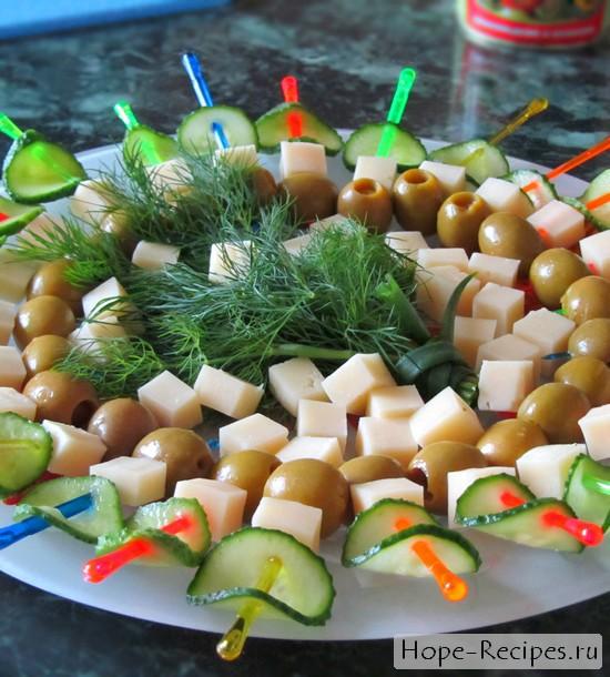 Красивое и вкусное блюдо канапе