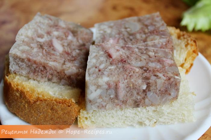 Бутерброды с холодцом