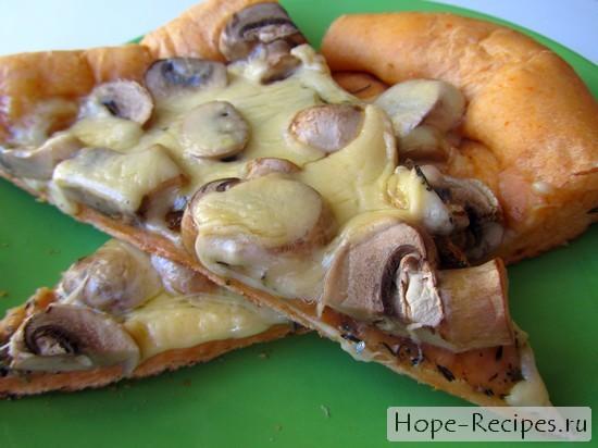 Вкусная домашняя пицца со свежими шампиньонами!