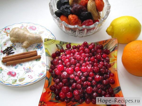 Состав: клюква, цитрусовые, гвоздика, имбирь, мед и корица