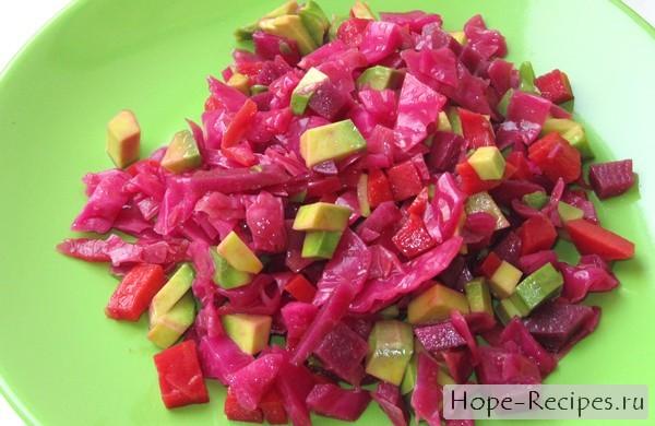 Простой и вкусный салат из авокадо
