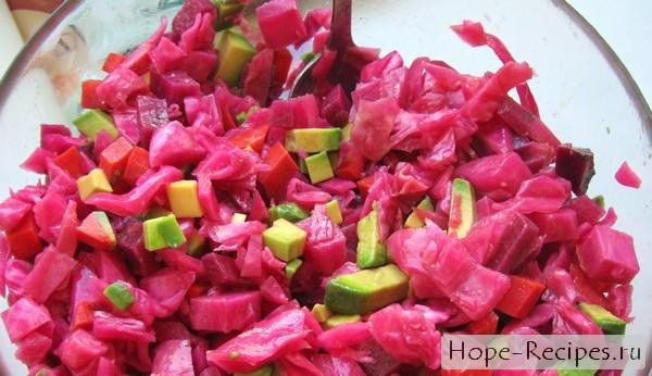 Салат из авокадо простой