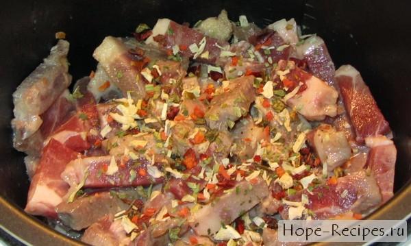 Как готовить гуляш из свинины