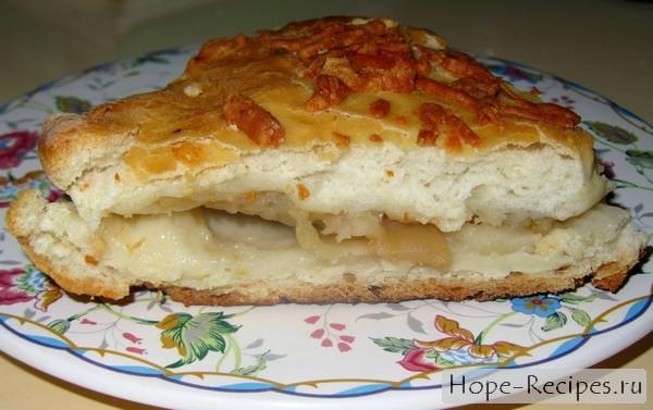 Пирог сладкий с фруктами