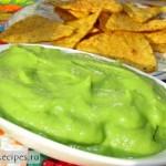 Гуакамоле - соус из авокадо