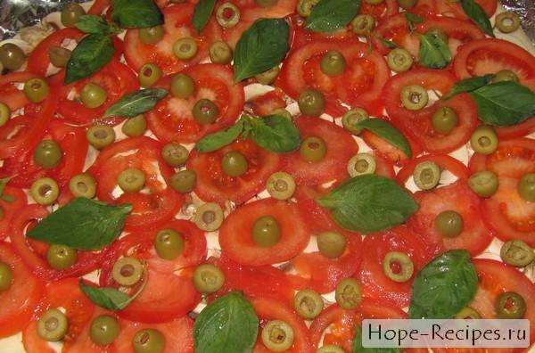 Рецепт пиццы с помидорами и базиликом
