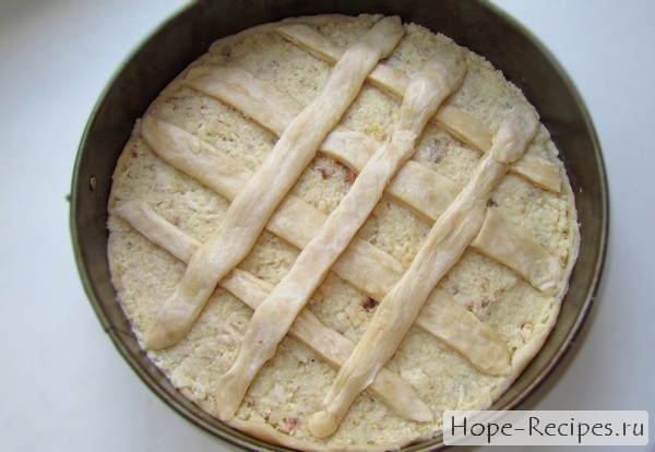 Пирог выкладываем в форму