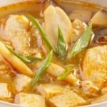 Острый суп со свининой и имбирем
