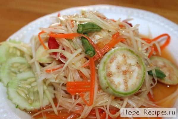 Som Tum ส้มตำ салат из зеленой папайи