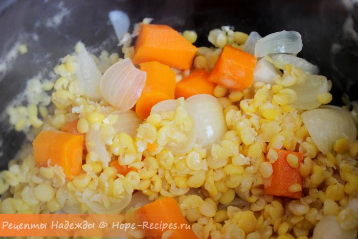 Гороховое пюре с овощами