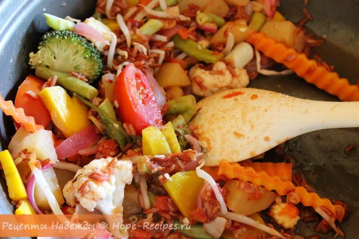 Тушим овощи в собственном соку с соевым соусом