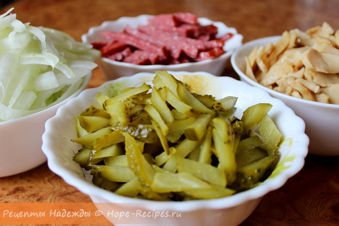 Рецепт приготовления теплого салата с фасолью